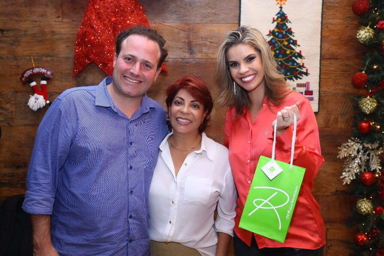 Rita Trindade promove chá de fim ano em Spa Médico  Odontológico no Lago Sul